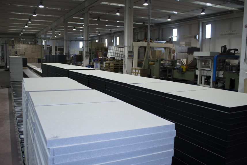 production_center_2_Topfloor_raised_access_floors